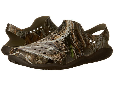 Incaltaminte Barbati Crocs Swiftwater Wave Realtree Max-5 Espresso