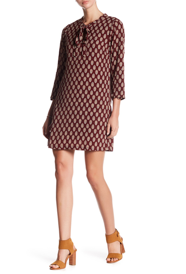 Imbracaminte Femei Bobeau Print Tie Neck Shift Dress GARNET-CREAM PAISLEY