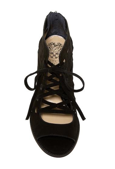 Incaltaminte Femei Vince Camuto Tressa Perforated Leather Block Heel Sandal BLACK 01
